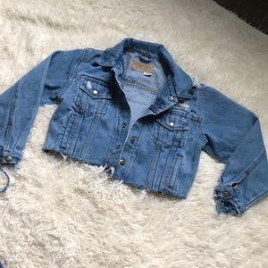 Cropped Vintage Wrangler jean jacket 🖤